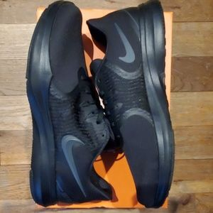 Nike Shoes - NIKE TRAINING 8 Womens Sneakers
